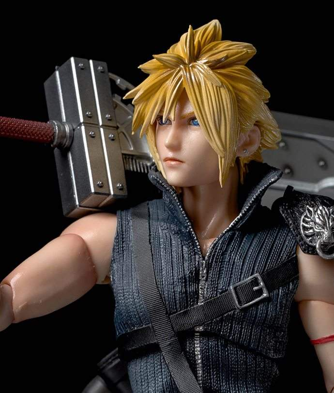 Cloud Strife Advent Children Play Arts Kai