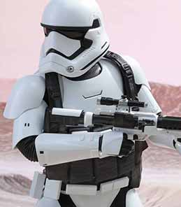 First Order Stormtrooper Jakku EX Hot Toys