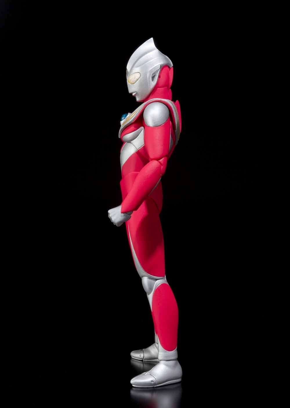 ultraman-tiga-power-type-bandai-capa