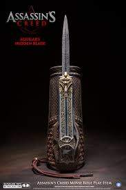 Assassins-Creed-Movie-Hidden-Blade-McFarlane-Toys