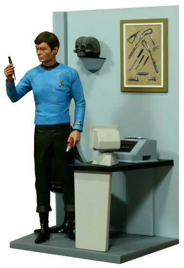 Dr. Mccoy Star Trek Hollywood Collectibles