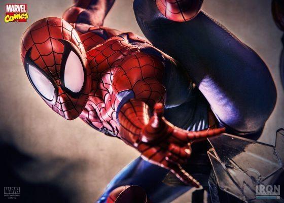 Spider-Man Marvel Comics Legacy Replica 1/4 Iron Studios