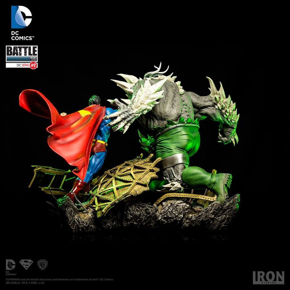 Superman Vs Doomsday Diorama DC Comics 1/6 Iron Studios