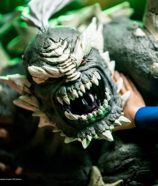 Superman Vs Doomsday Diorama DC Comics 1/6 Iron Studios
