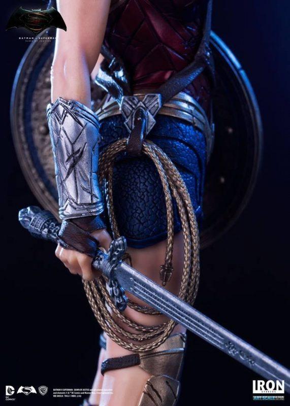 Wonder Woman Dawn of Justice Art Scale Iron Studios