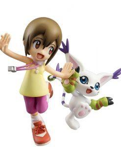 Hikari Yagami and Tailmon G.E.M -  MegaHouse