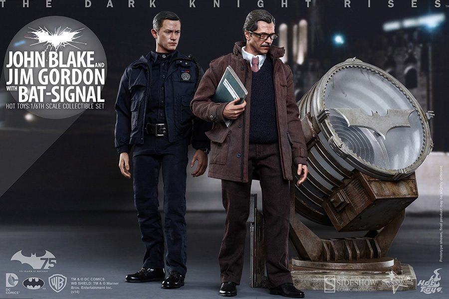 john-blake-jim-gordon-e-bat-signal-set-hot-toys