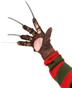 Freddy Gloves Dream Warriors 1:1 Prop Replica - Neca