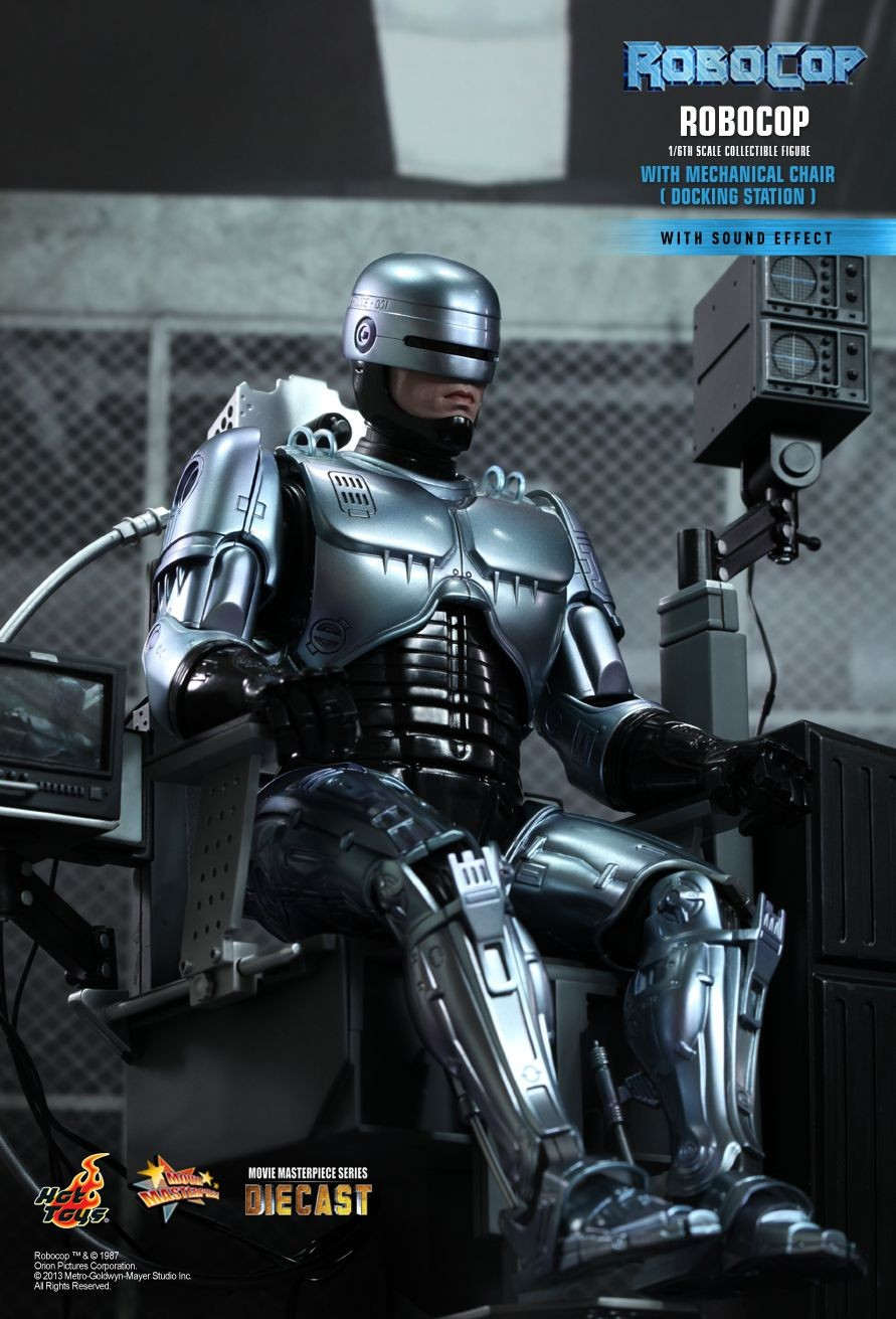 robocop-with-mechanic-chair-diecast-hot-toys-capa