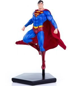 Superman DC Comics Art Scale - Iron Studios